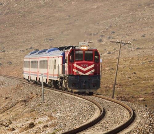 Ankara-Tahran treni yarın yeniden raya iniyor