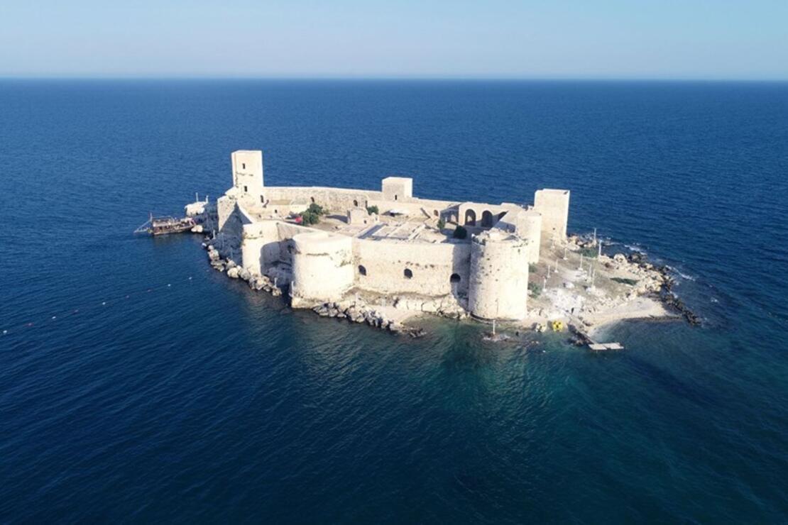 Mersin'de su üstündeki tarihi miras