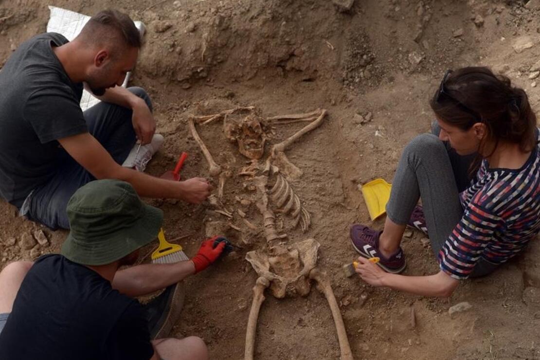 Arkeolojik kazıda mezardaki 'iskeletin keyfi' şaşkınlık yarattı