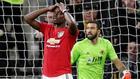 Pogba kaçırdı, United puan bıraktı