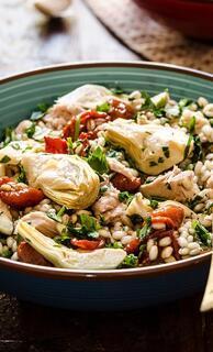 Yaz Akşamlarının Gözdesi: Enginarlı Arpa Salatası