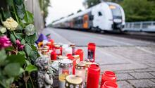 Hiç tanımadığı kadını trenin önüne itip ölümüne neden oldu