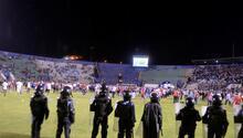 Kanlı derbide 4 kişi öldü Futbol değil, savaş...