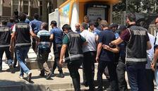 Manisa'dakiFETÖsoruşturmasında 10 tutuklama