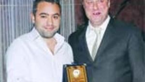 Arı Okulları'ndan Hürriyet'e 6 ödül