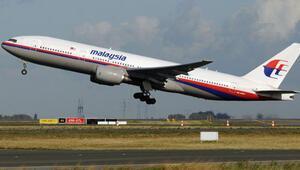 Kayıp Malezya uçağının sırrı bir yıldır çözülemedi