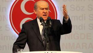 Bahçeli: Türk milleti TSKyı terörist gösteren hainlerin defterini dürecektir
