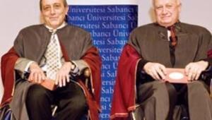 İki eski rektör Emeritus profesör
