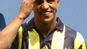Roberto Carlos Corinthiansla anlaştı