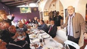HU Tarikatı'nın salı yemekleri