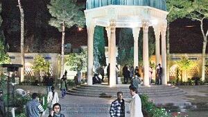 Aşk kenti Şiraz'ın şarabı tarih oldu, şiiri, gizemi yerli yerinde