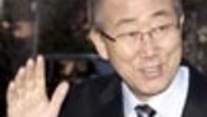 UN chief in Israel as hosts bomb UN's HQ