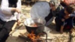 Gazans find alternative ways to handle shortage