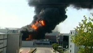 Tuzlada boya fabrikasında yangın