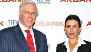 Dallara: Keşke bankacılar Basel yerine sık sık İstanbul'da toplansa