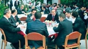 İstanbul Adliyesi'nde veda yemeği