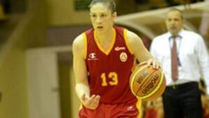 Galatasaraylı kızlar Fransadan galibiyetle dönüyor