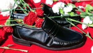 Sessiz ayakkabılar Taksimde