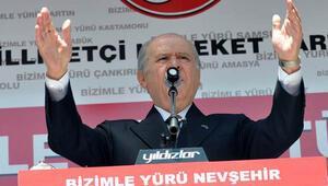 Bahçeli: Davutoğlu Eşmeye giderken PKKyla temas kuruldu mu