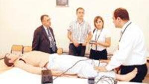 Görevleri hasta rolü yapmak