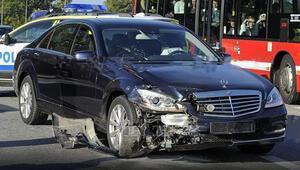 İsveç Kralı kaza yaptı