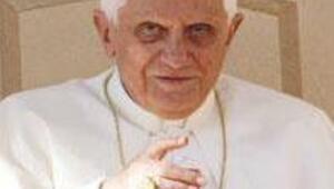 Papanın ziyareti sembolizm ve tehlike dolu