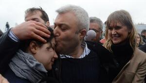 Tuncay Özkan: Ben özgürüm twitter yasak