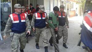TRT ekibi bıçaklanarak gasp edildi