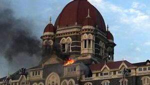 Photo Ed: Scores still held in Mumbai hotels