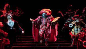 Operadaki Hayalet geliyor