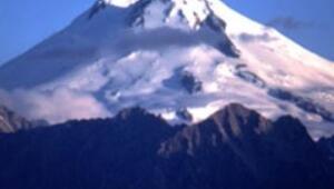 Rus bilim adamları Elbrus Dağında