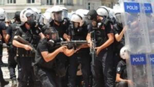 Gezi nedeniyle İstanbul polisinde tayin ve izinler durdu