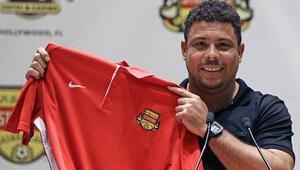 Efsane Ronaldo sahalara döndü