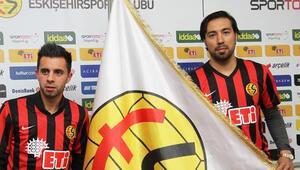 Eskişehirspor Emre Güngör ve Matias Defederico ile sözleşme imzaladı
