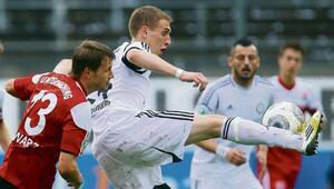 Alman Sebastian Pitrowski futbolu bırakıp papaz oldu