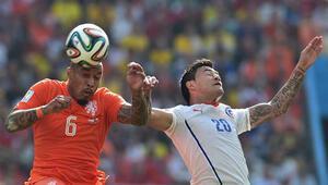 Hollanda 2 - 0 Şili