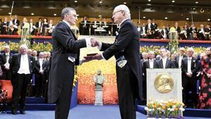 Bu ödülü 19 Mayıs'ta Anıtkabir'de Atatürk'esunacağım