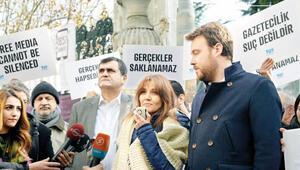 Gazetecilerden protesto