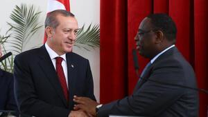 Cumhurbaşkanı Erdoğan: Rusyanın bu yaklaşımını gülerek karşılıyorum