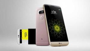 Modüler telefon LG G5 sahnede