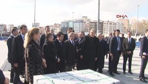 Cumhurbaşkanı Erdoğan Taksim Meydanını gezdi