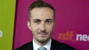 Erdoğana hakaret davasıyla tartışılan komedyen Böhmermann: Almanyadan gidiyorum