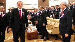 Törende Erdoğan ve Kılıçdaroğlu arasında soğuk anlar