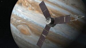 Juno uzay aracı bir ilke imza attı (Gelen haber tüm dünyayı heyecanlandırdı)