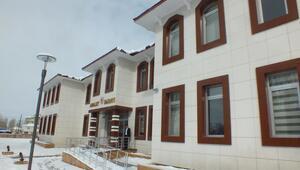 Malazgirt Adliye binası hizmete açıldı