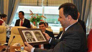 Sorgunlular, Hemşehrileri Anayasa Mahkemesi Başkanı Zühtü Arslan'ı Ziyaret Etti