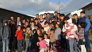 Çocuk Evlerinde Kalan Çocuklardan Anlamlı Ziyaret