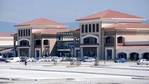 TEM üzerindeki alışveriş merkezinin yüzde 56lık hissesi satıldı