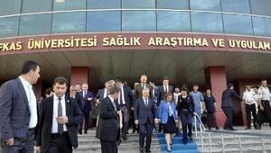 Bakan Arslandan yaralı Mehmetçik Ziyareti