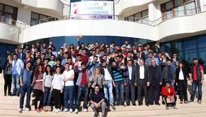 İbrahim Çeçen Vakfı 850 üniversite öğrencisine burs verecek